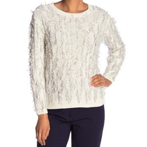 🆕 Vince Camuto White Fringy Pullover - NWT ⭐️